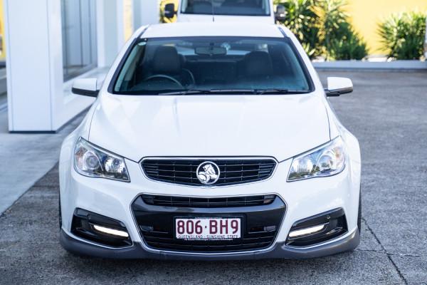 2015 MY16 Holden Commodore VF II  SV6 Sedan Image 4