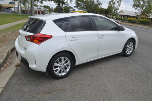 2012 MY11 Toyota Corolla ZR Ascent Hatchback