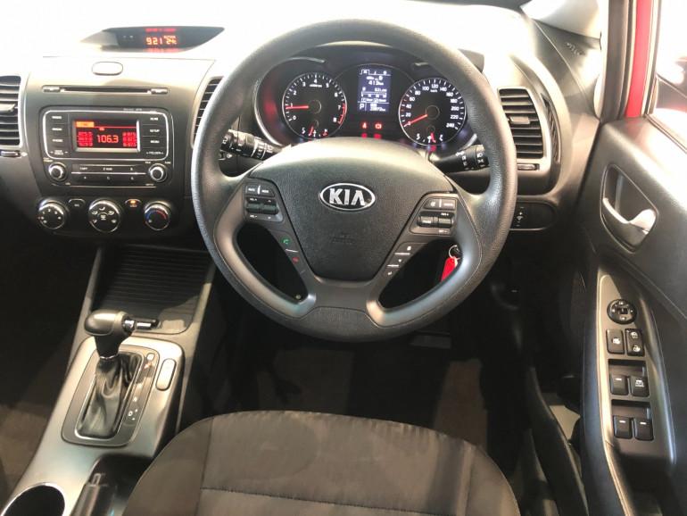 2015 Kia Cerato YD S Hatchback Image 6
