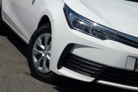 2017 Toyota Corolla ZRE172R ASCENT Sedan image 17