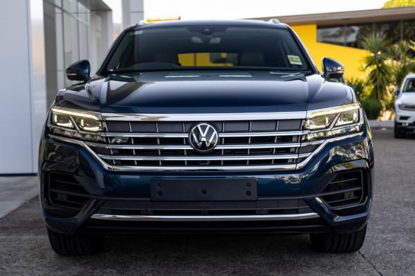 2021 Volkswagen Touareg CR 210TDI R-Line Suv Image 4