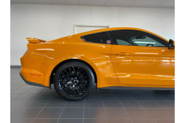 2019 Ford Mustang Image 5