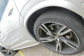 2018 MY19 Volvo XC90 L Series D5 Geartronic AWD R-Design Wagon