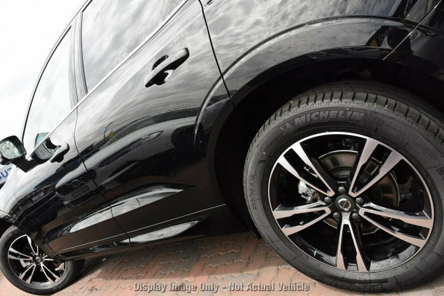 2019 MY20 Volvo XC60 UZ T5 Momentum Suv Mobile Image 4