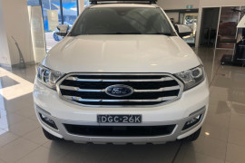 2018 MY19 Ford Everest UA II 2019.00MY Titanium Suv Image 3