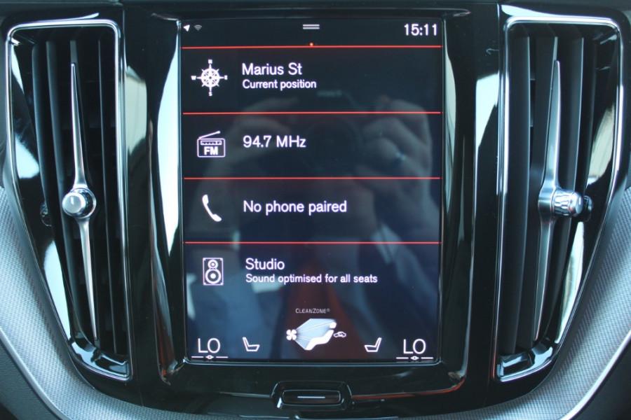 2019 MY20 Volvo XC60 UZ D5 R-Design Suv Mobile Image 23