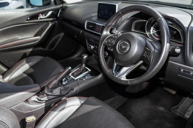 2015 Mazda 3 BM Series Touring Hatchback Image 4