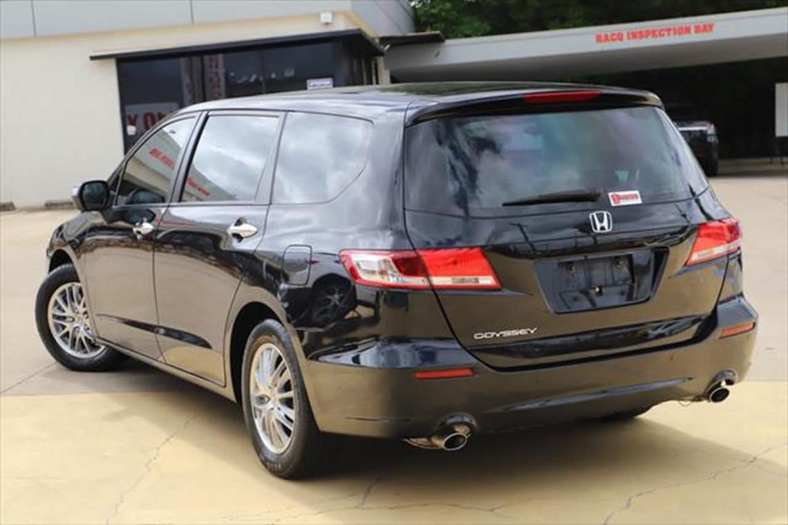 2011 Honda Odyssey 4th Gen MY10 Wagon Image 4