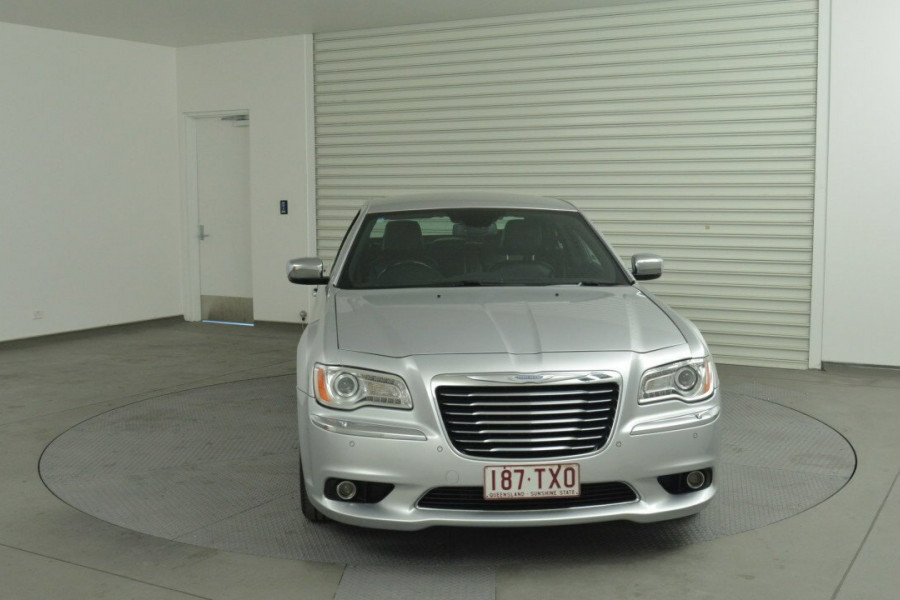 2013 Chrysler 300 LX C Sedan Mobile Image 4