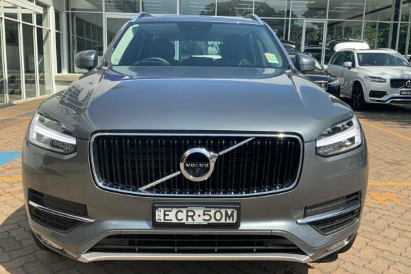 2019 Volvo XC90 256 MY19 D5 Momentum (AWD) Suv Image 2