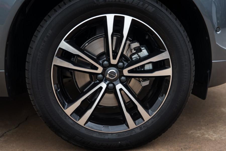 2018 MY19 Volvo XC60 UZ T5 Momentum Suv Mobile Image 20