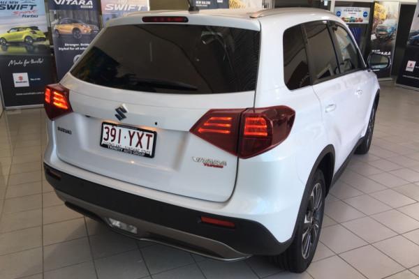 2019 Suzuki Vitara LY Series II GLX Suv Image 3