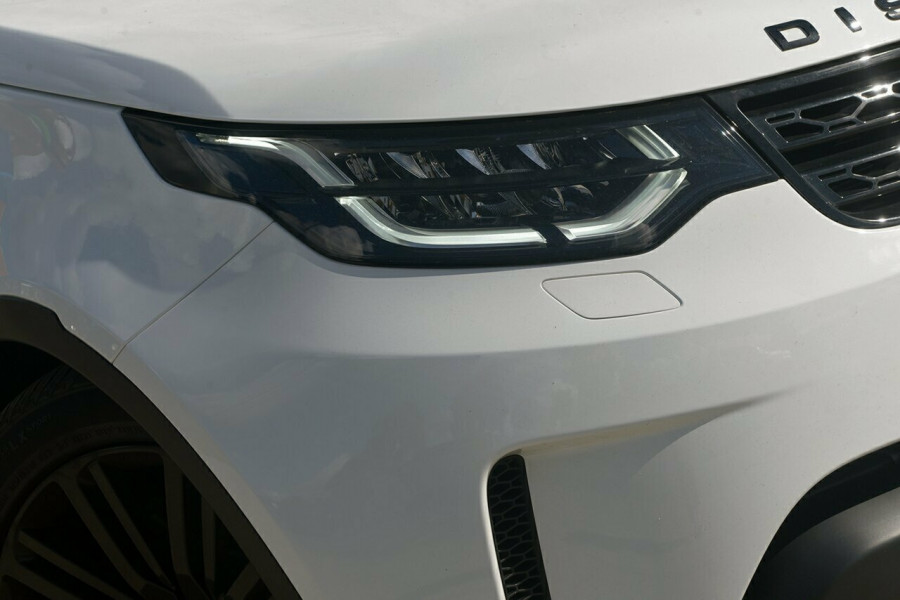 2017 Land Rover Discovery Vehicle Description.  5 L462 MY18 TD6 HSE WAG SA 8SP 3.0DT TD6 Suv Mobile Image 2