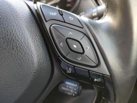2017 Toyota C-hr NGX50R Koba Suv image 16
