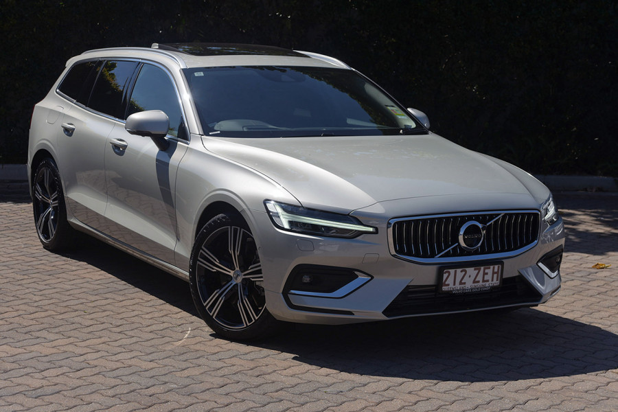 2019 MY20 Volvo V60 T5 Inscription AWD 2.0L T/P 187kW 8A Wagon