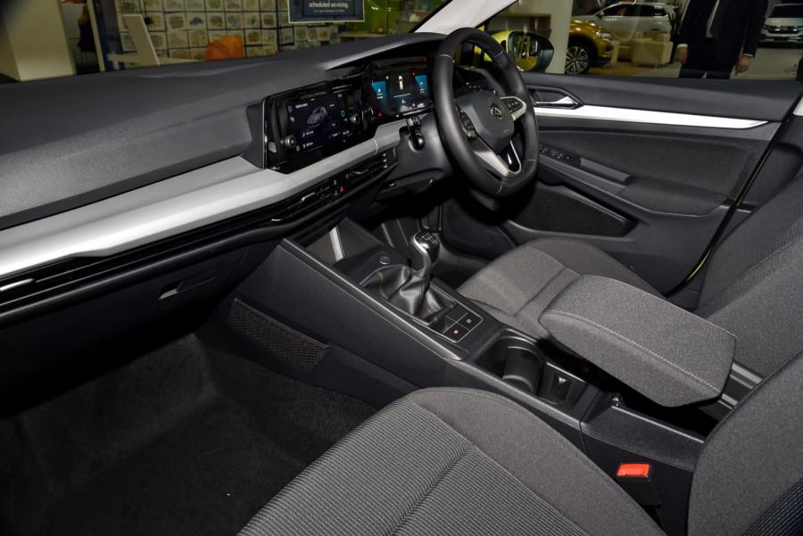 2021 Volkswagen Golf 8 110TSI Golf Hatch Image 7