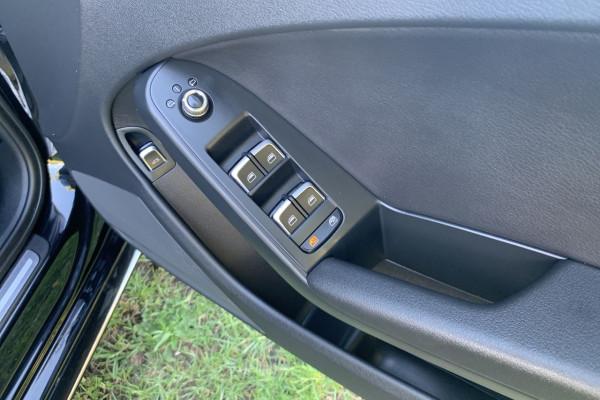 2015 Audi A4 B8 8K  S LINE PLUS Sedan Image 3