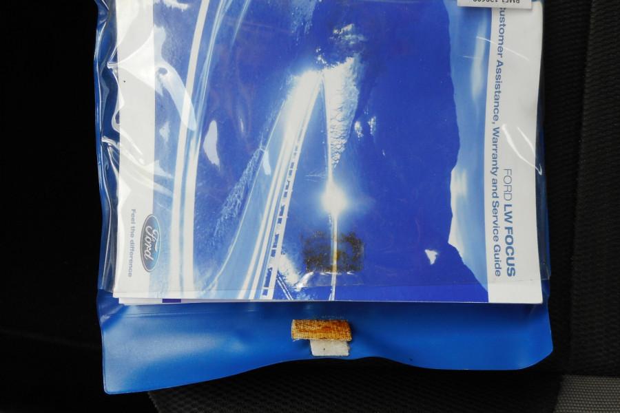 2012 Ford Focus LW  II AMBIENTE Hatchback Image 19