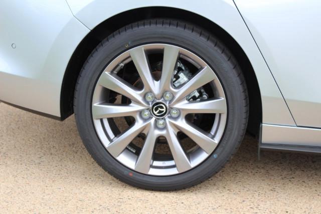 2019 Mazda 3 BP G20 Evolve Sedan Sedan Image 5