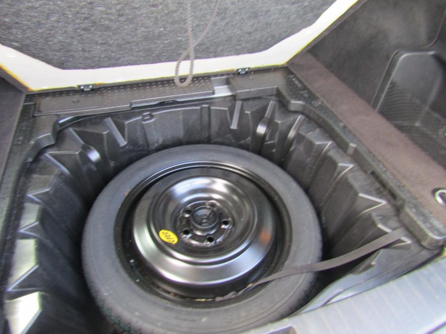 2014 Holden Commodore VF MY14 SV6 Wagon Image 7