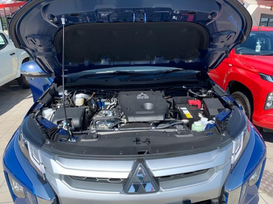 2018 MY19 Mitsubishi Triton MR GLS Double Cab Pick Up 4WD Cab chassis