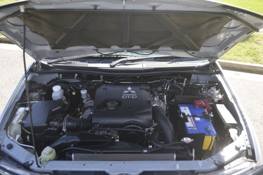 2013 Mitsubishi Triton MN GLX Utility