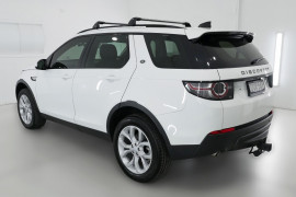 2017 MY18 Land Rover Discovery Sport L550 18MY TD4 132kW Suv Image 4