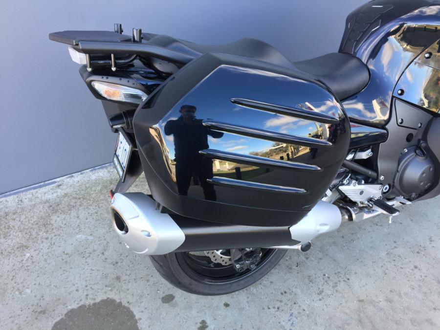 2011 Kawasaki 1400GT GT Motorcycle Image 6