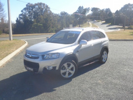 Holden Captiva LX CG  7