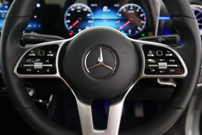 2019 Mercedes-Benz A Class Sedan Image 9