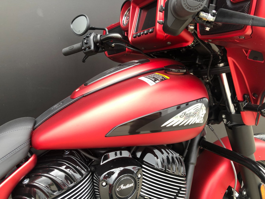 2020 Indian Chieftain DArk Horse Motorcycle Image 10