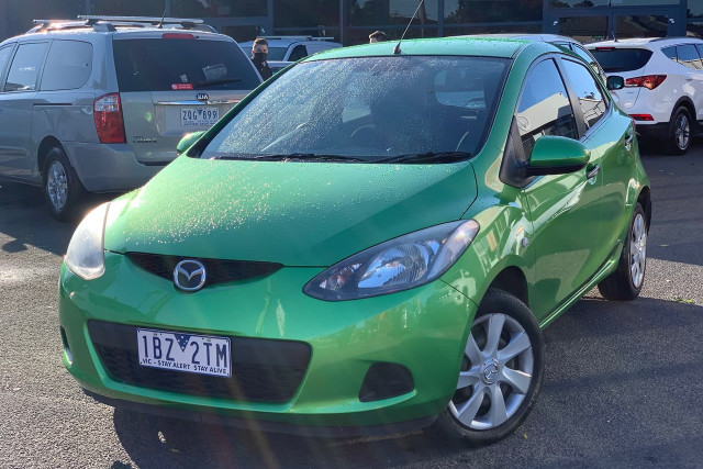 2010 Mazda 2 Neo 1 of 22
