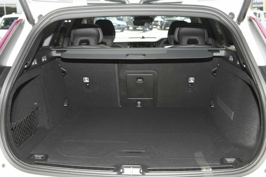 2019 MY20 Volvo V60 T5 R-Design T5 R-Design Wagon Mobile Image 17