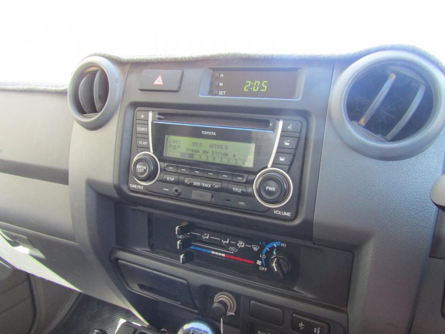2013 Toyota Landcruiser VDJ79R MY13 GX Cab chassis Image 24