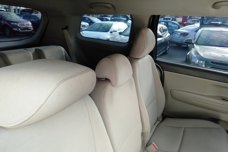 2015 Kia Carnival YP S Wagon Image 19