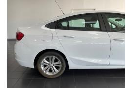 2017 Holden Astra BL  LS+ Sedan Image 4