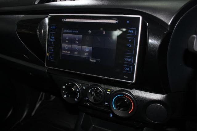 2015 Toyota HiLux GUN122R