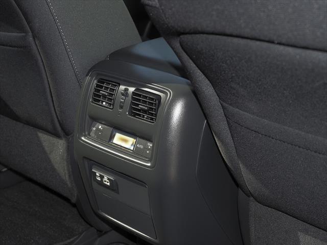 2019 Nissan Pathfinder R52 Series III MY19 ST+ N-TREK Suv Image 6