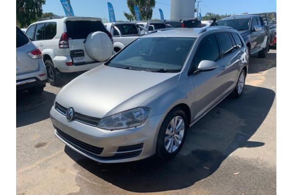 2013 MY14 Volkswagen Golf VII MY14 90TSI Wagon Image 2