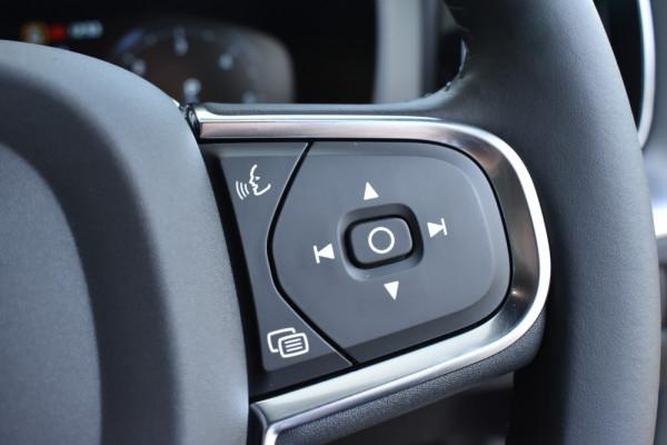 2019 MY20 Volvo XC60 UZ D4 Momentum Suv Image 4