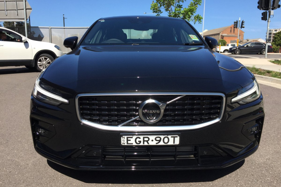 2019 MY20 Volvo S60 Z Series T5 R-Design Sedan Image 7