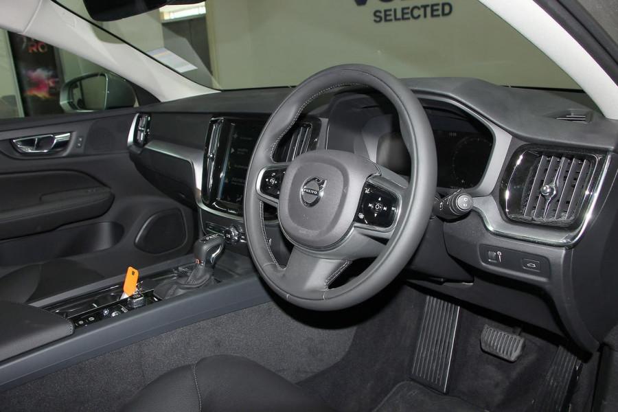 2019 MY20 Volvo V60 (No Series) T5 Momentum Wagon Mobile Image 19
