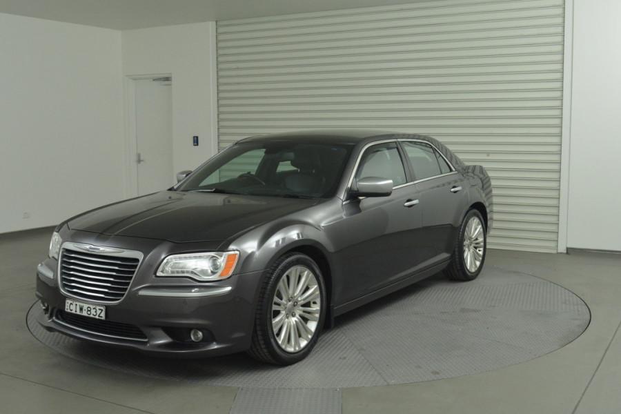 2012 MY13 Chrysler 300 LX C Sedan Mobile Image 1