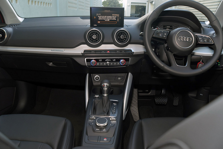 2019 Audi Q2 Suv Mobile Image 11