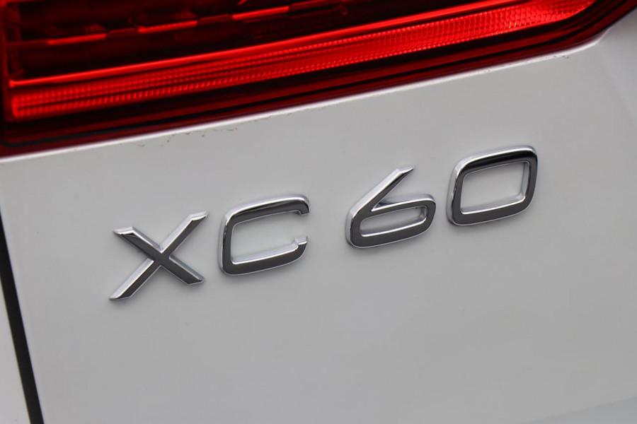 2020 Volvo XC60 UZ T5 Momentum Suv Mobile Image 22