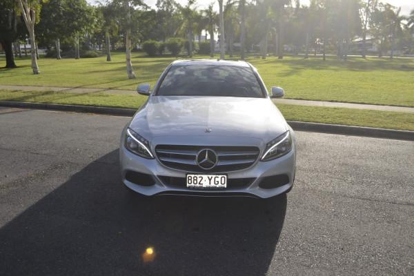 Mercedes-Benz C-class C200 W2