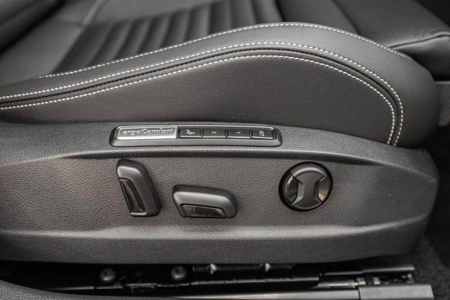 2020 Volkswagen Passat B8 140 TSI Business Wagon Image 21