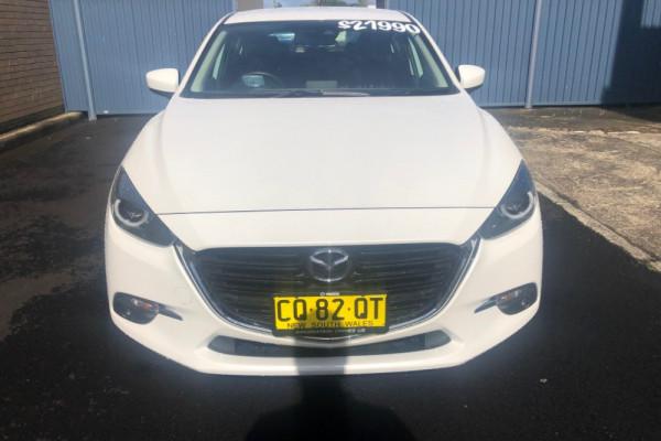 2018 Mazda 3 BN5438 SP25 Hatch Image 2