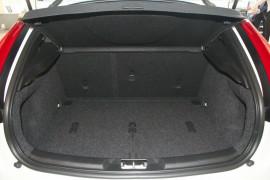 2016 MY17 Volvo V40 M Series MY17 D4 Adap Geartronic Inscription Hatchback