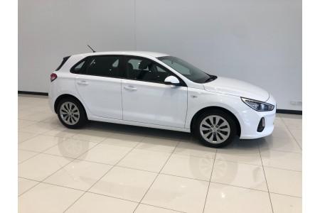 2018 Hyundai i30 PD Go Hatchback Image 2